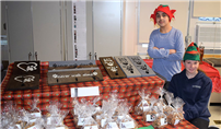 Connetquot Students Host Holiday Craft Fair  thumbnail146716
